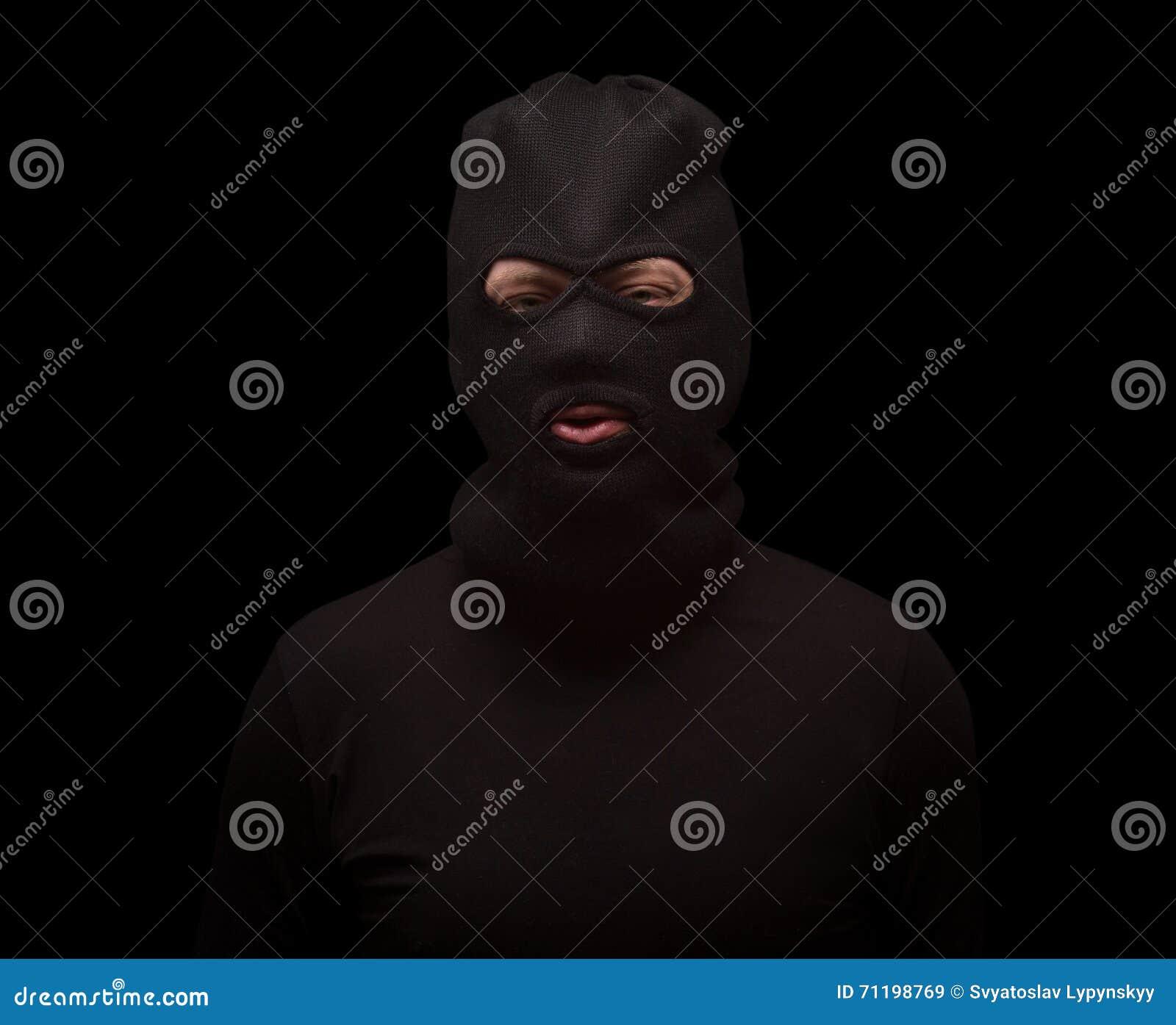 Maskerad tjuv på svart