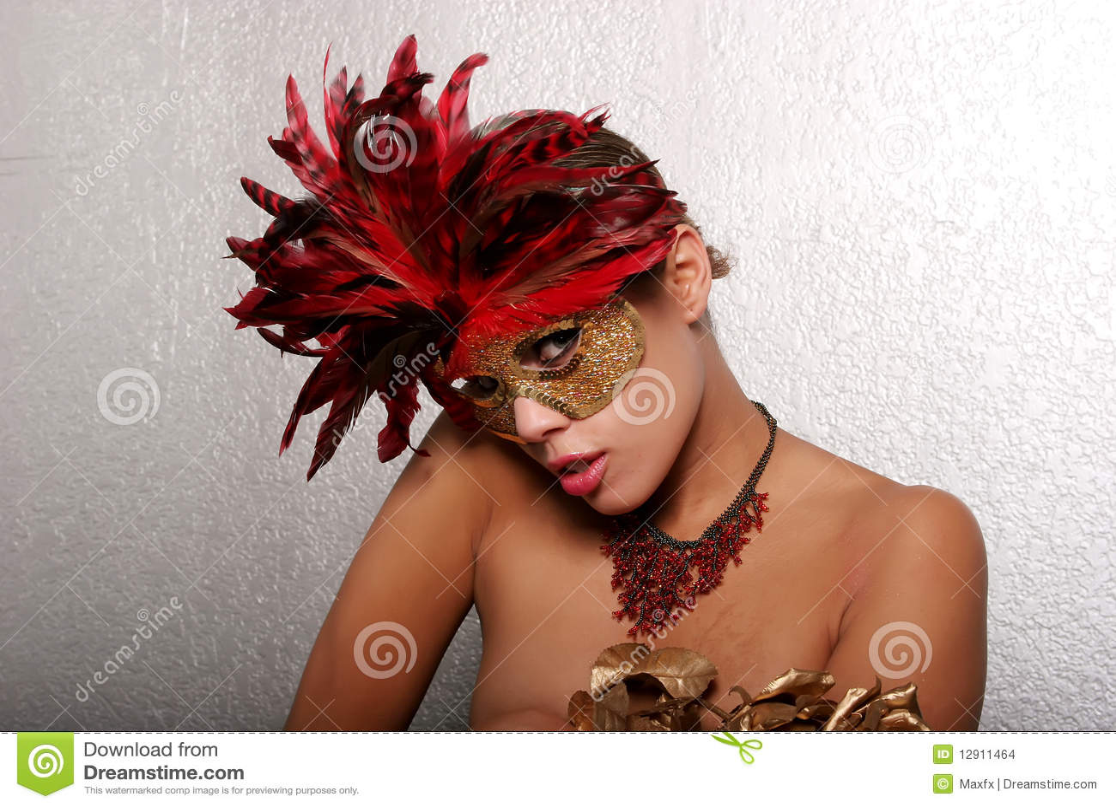 Maskowa Amerykanin afrykańskiego pochodzenia kobieta