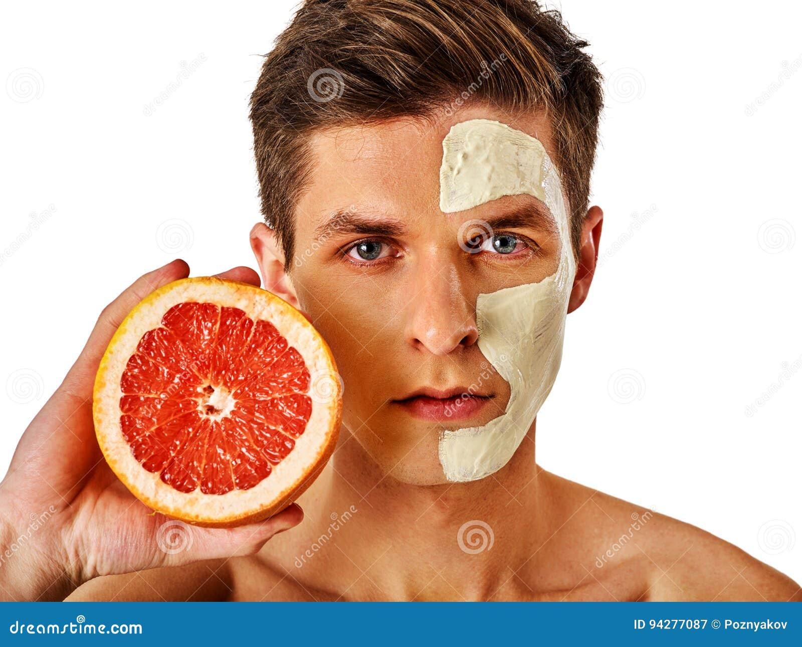 Masque facial d homme des fruits et de l argile Boue de visage appliquée