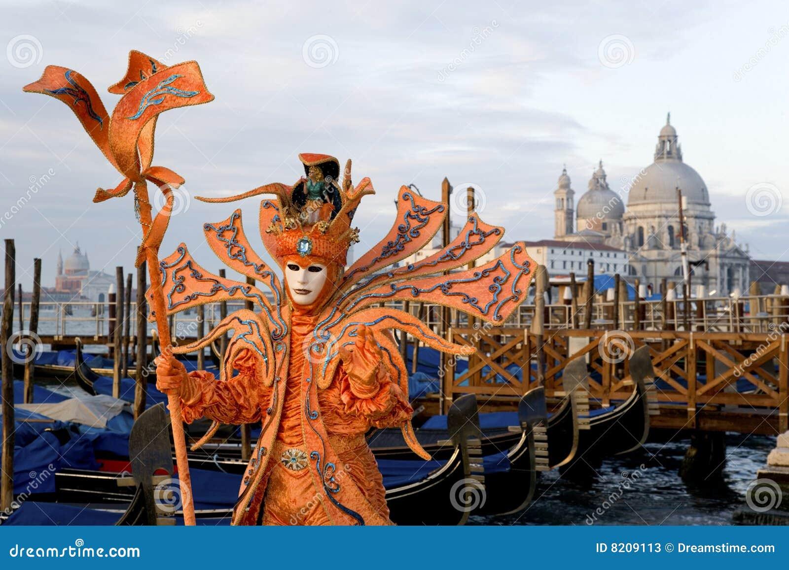 venetie chat Venice (/ ˈ v ɛ n ɪ s /, ven-iss italian: venezia, [veˈnɛttsja] ( listen) venetian: venesia, ) is a city in northeastern italy and the capital of the veneto region.