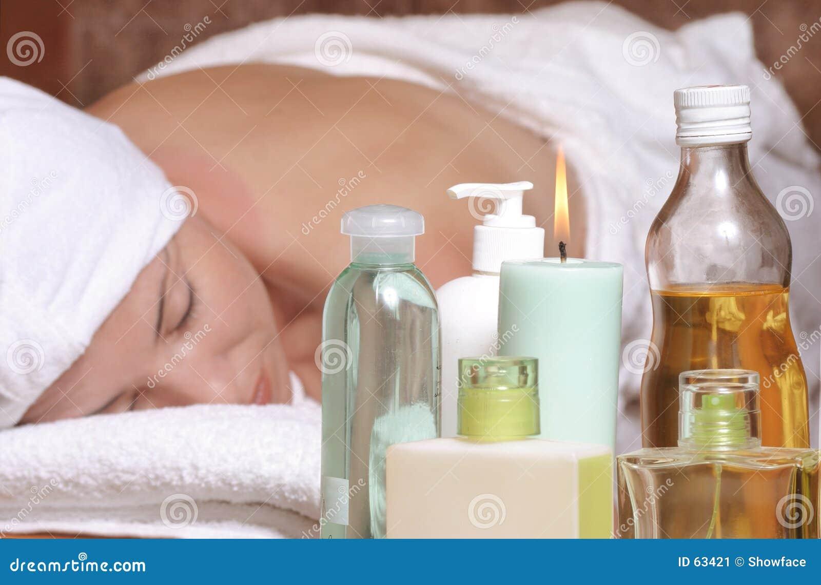 Download Massage d'arome image stock. Image du frottement, hydratez - 63421