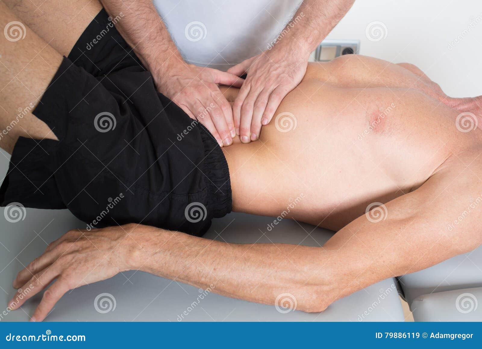 Massage de tissu de muscle