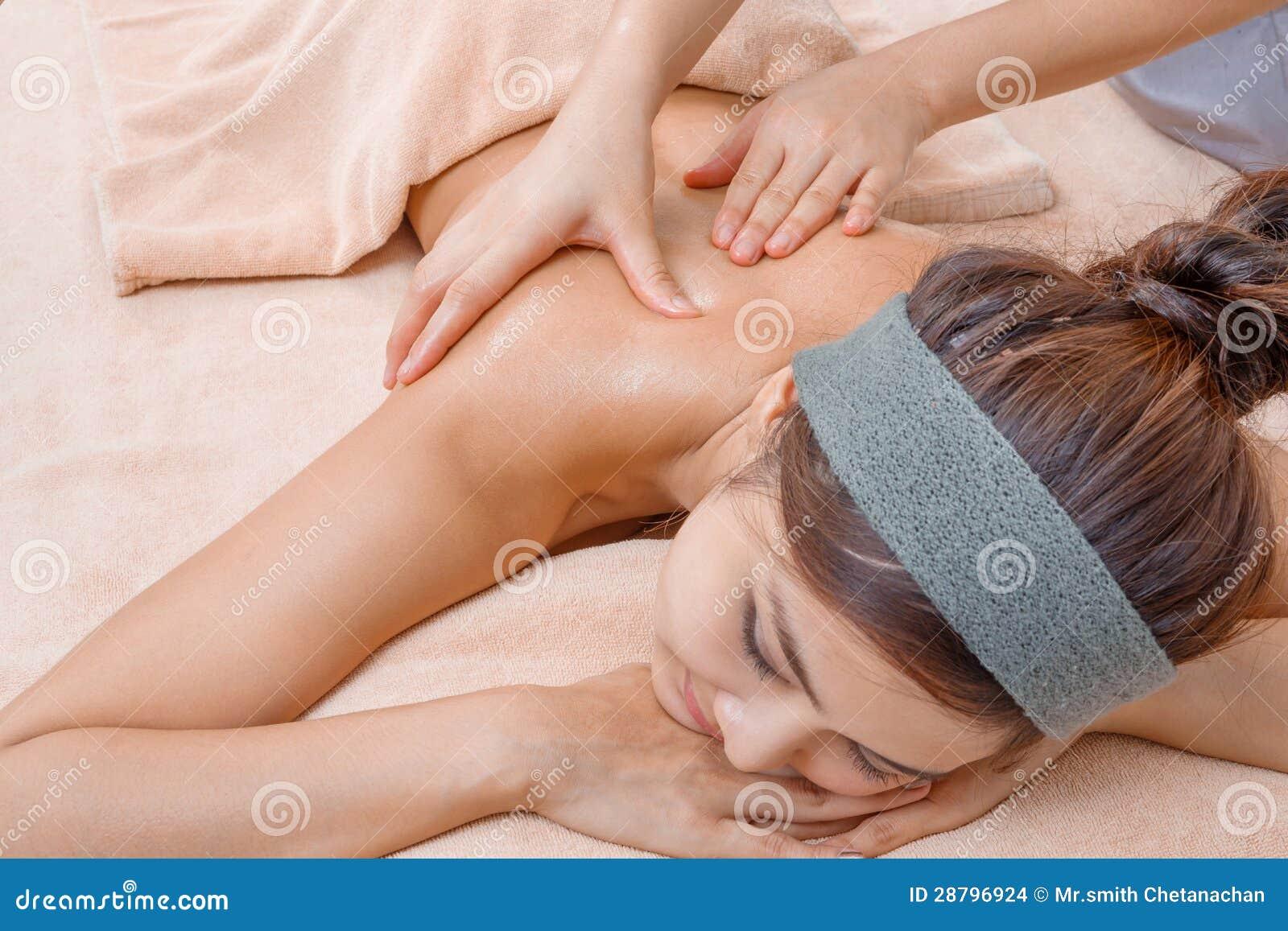Massage im thailändischen Badekurort