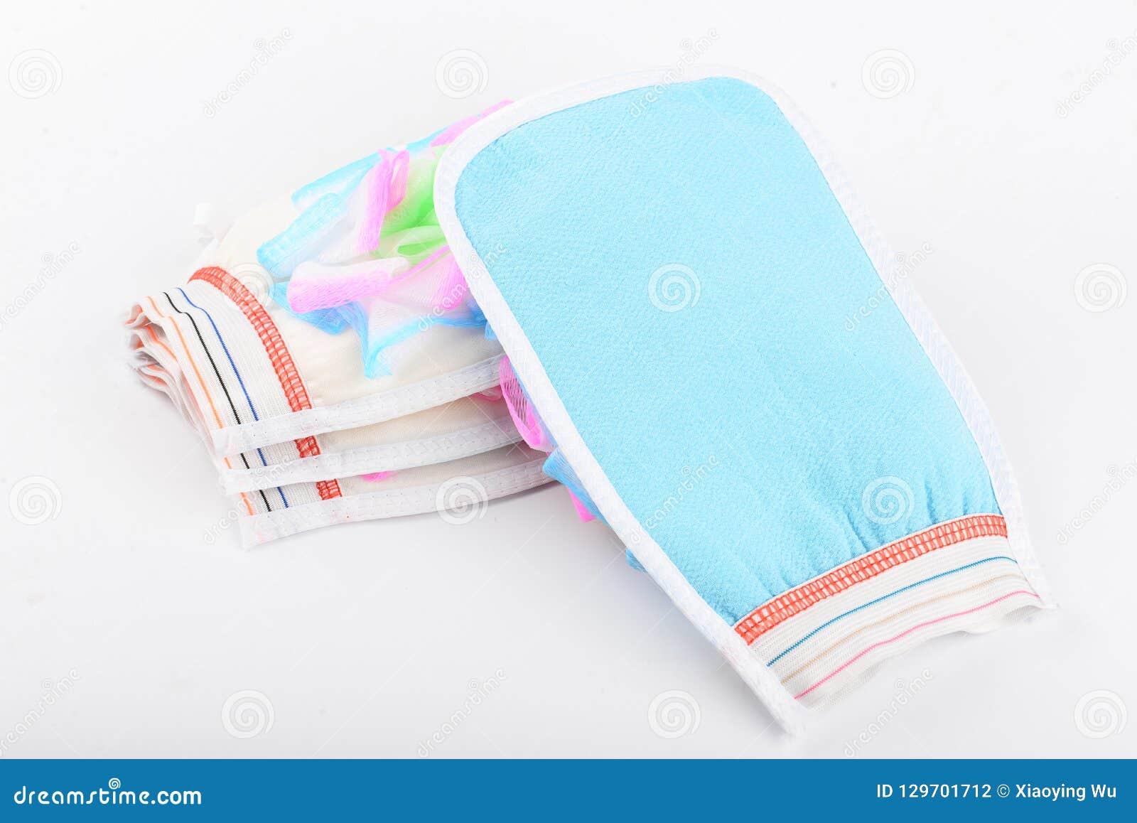 Smooth Skin Cleaner Body Rub Shower Scrubber Bath Glove Exfoliating Towel