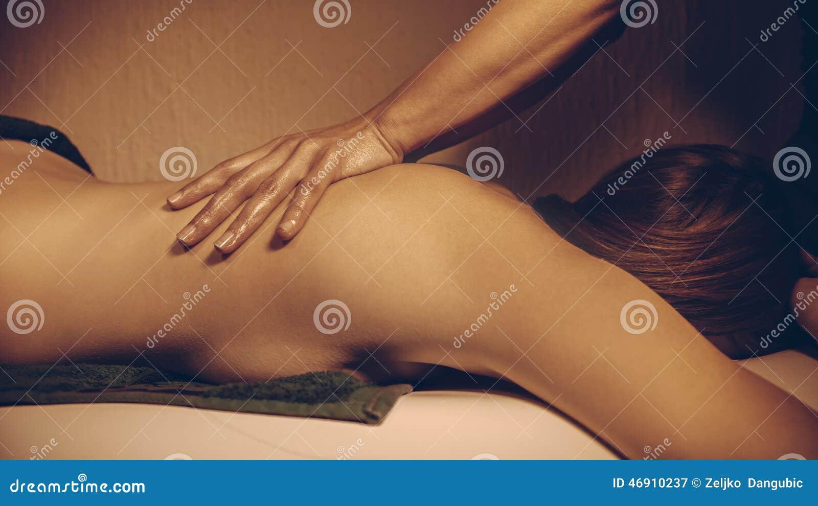Massagem traseira
