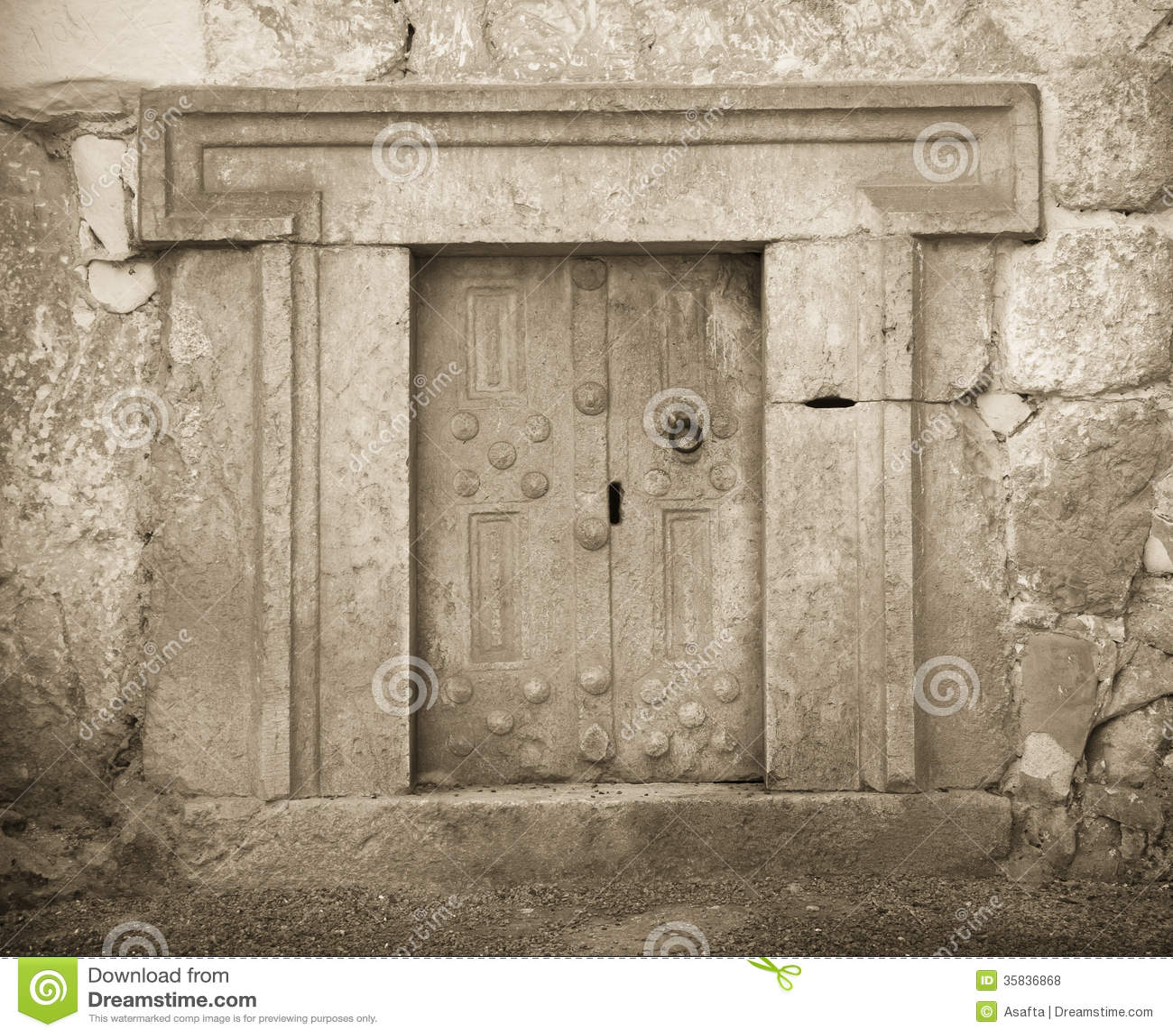 Massive stone door royalty free stock photos image 35836868 for Door of stone