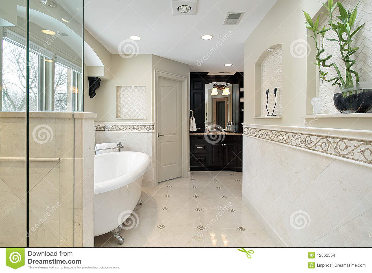Large master bath royalty free stock photography for Large master bathroom
