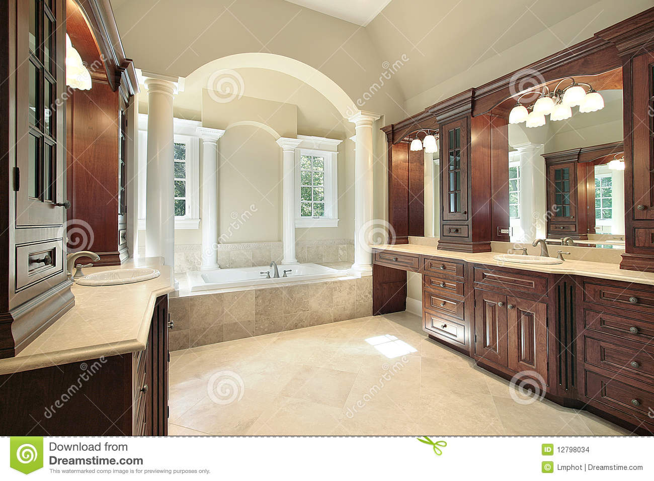 Master Bath With White Tub Columns Stock Images Image