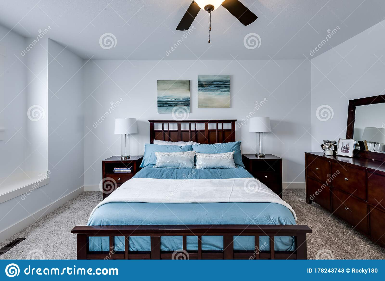 Master Bedroom With Ample Room For Nightstands And Dresser Stock Image Image Of Mahogany Nightstand 178243743