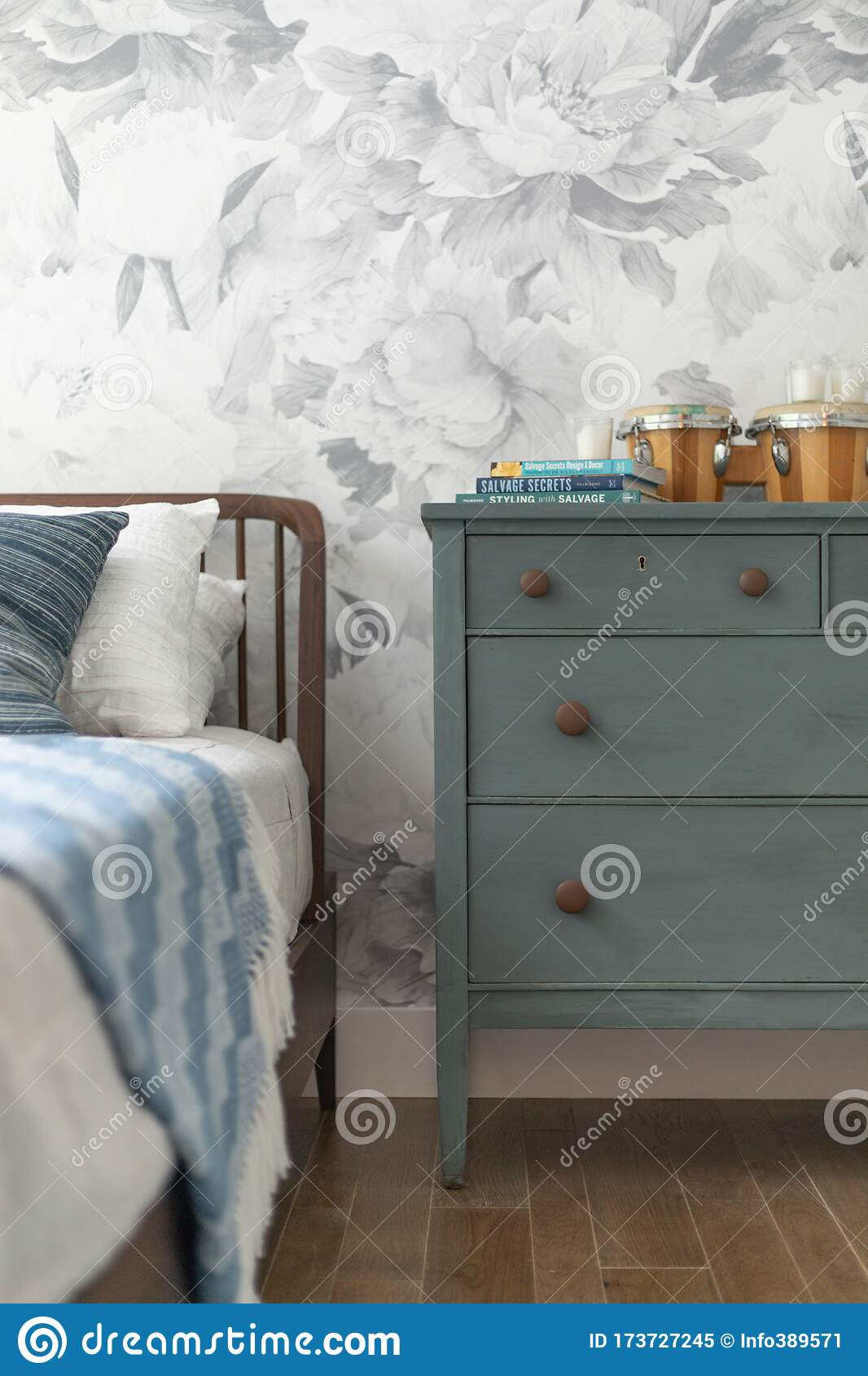 1 858 Blue Dresser Photos Free Royalty Free Stock Photos From Dreamstime