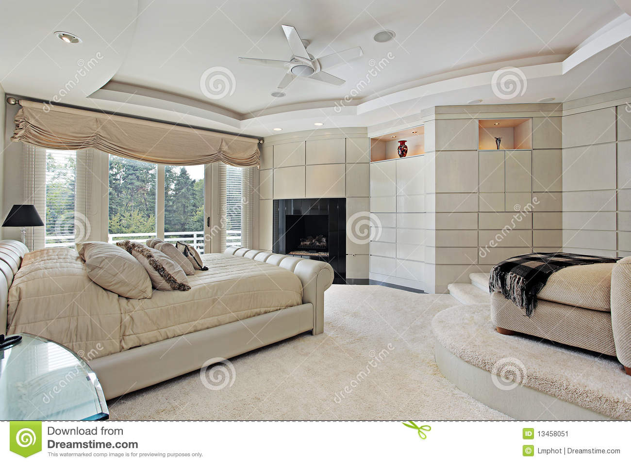 Master Bedroom With Elevated Sitting Area Stock Image Image 13458051