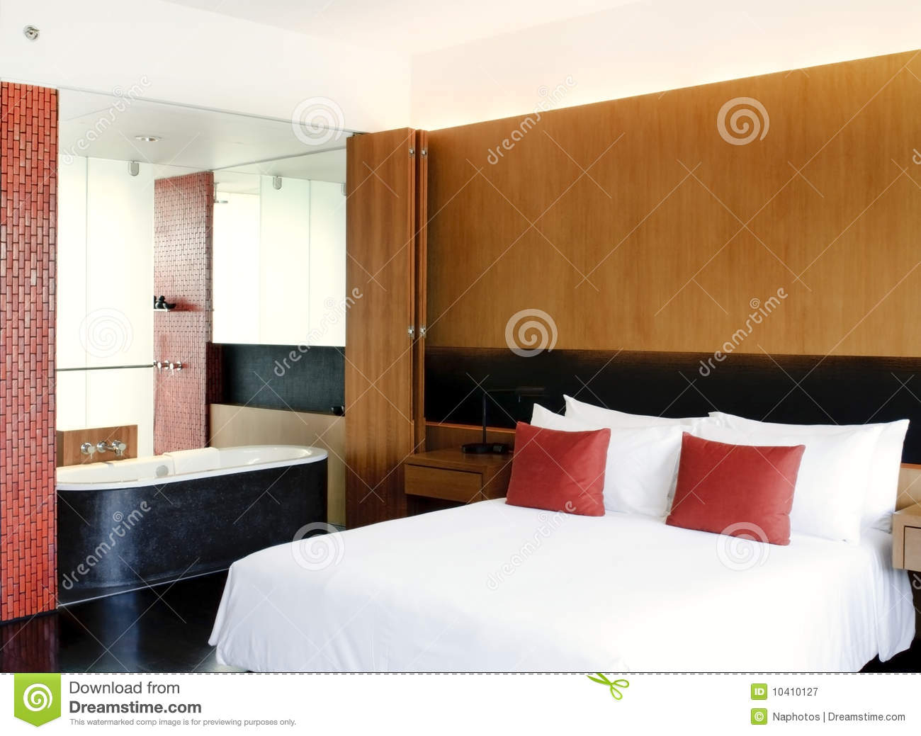 Master Bedroom Open To Bathroom Royalty Free Stock Photography Image 10410127