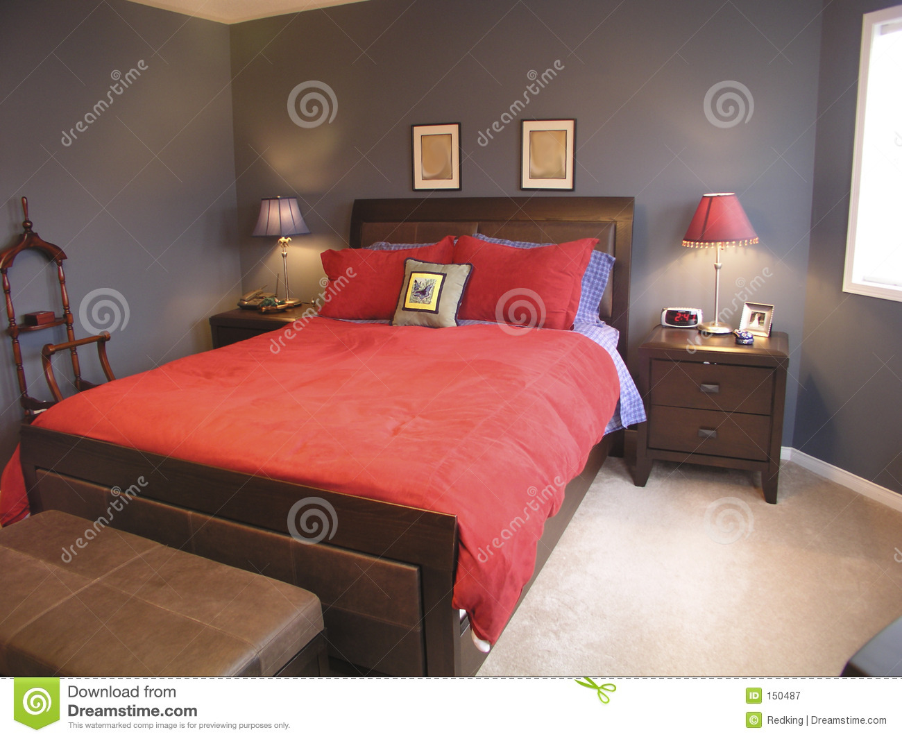 Master bedroom in red 03 royalty free stock photography image 150487 Master bedroom with red bedding