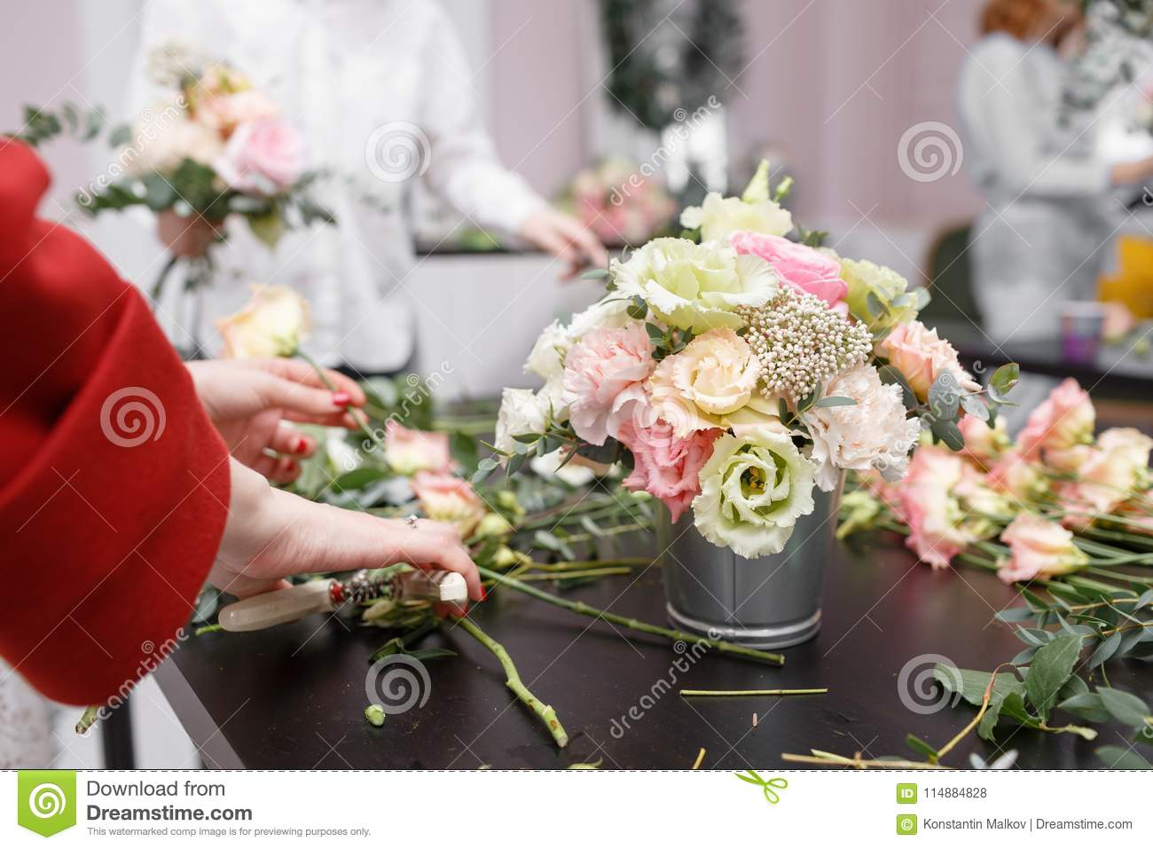 Master Class On Making Bouquets Spring Bouquet Learning Flower