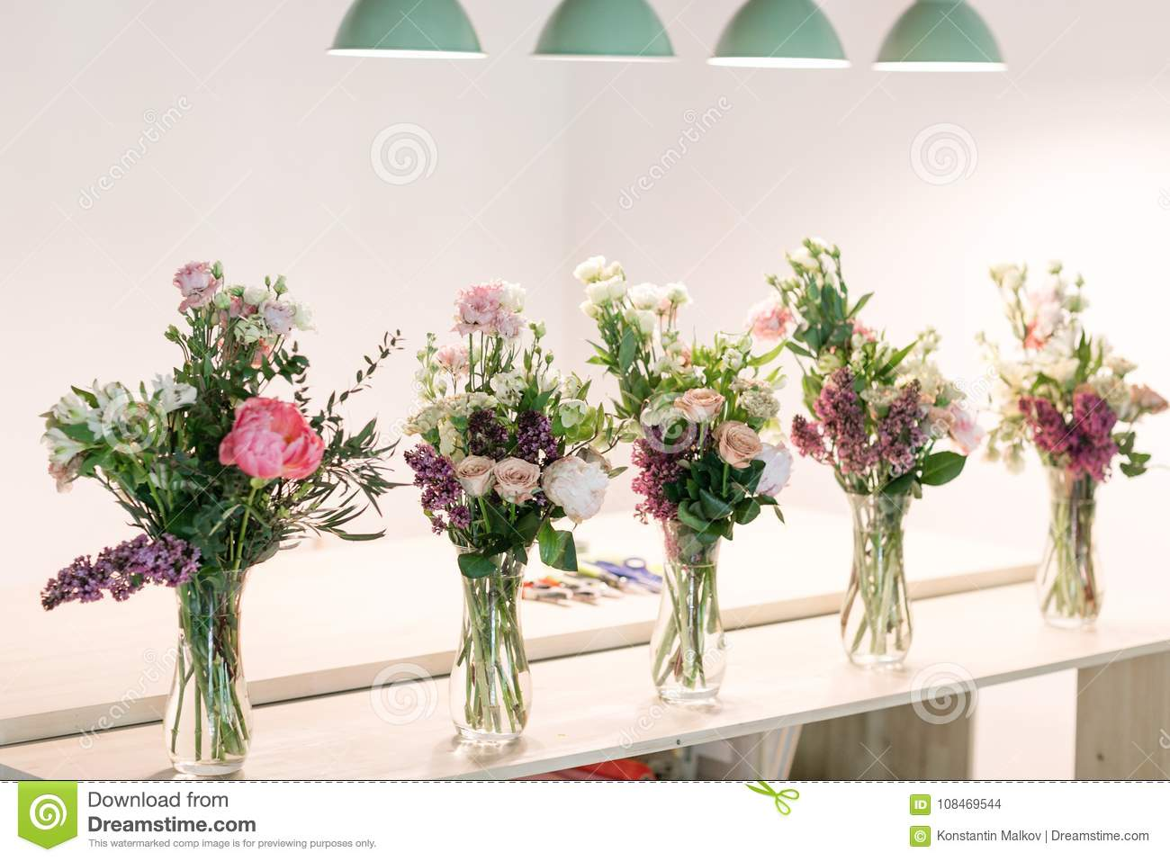 Kits For Students Master Class On Making Bouquets Summer Bouquet
