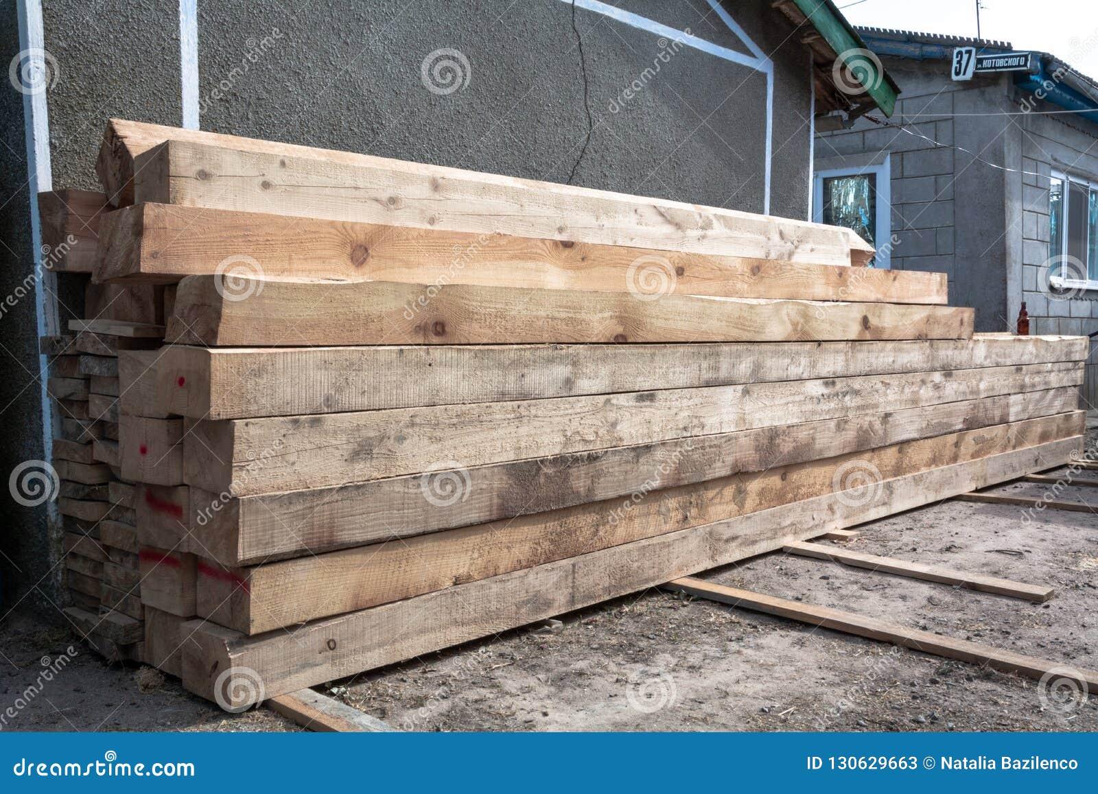 Matériaux de construction de bois à débiter pour la menuiserie, bâtiment, réparation et meubles, matériel de bois de charpente po