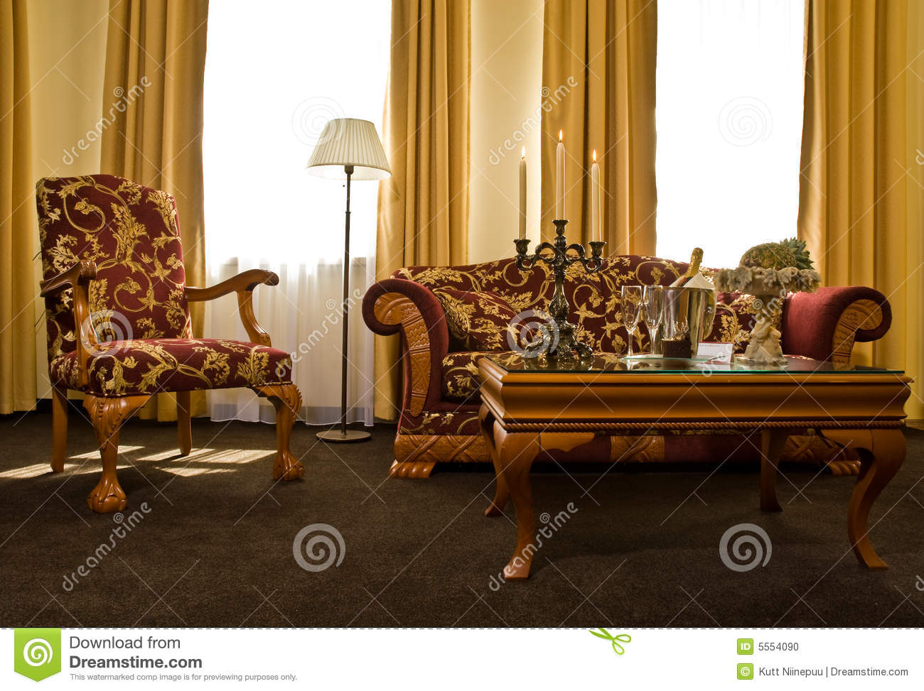 Matching antique furniture stock photo image 5554090 for Mobilia anos 70