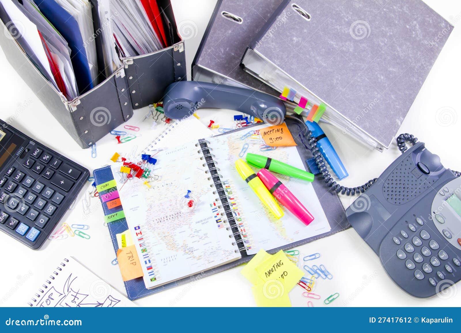 Materiales de oficina fotograf a de archivo imagen 27417612 for Material fungible de oficina