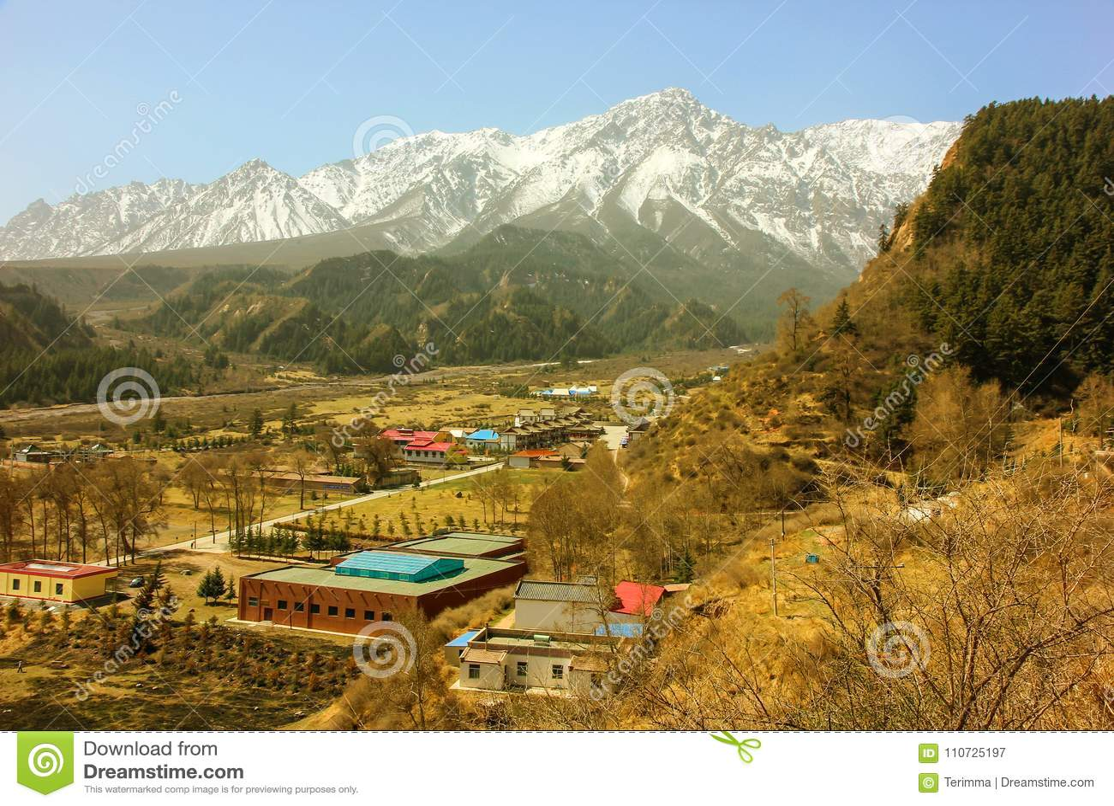 Mati Temple Scenic Area Montagnes de Qilian Shan