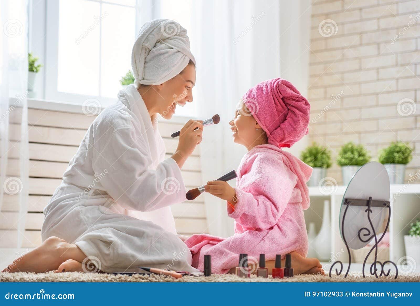 Matka i córka robimy uzupełnialiśmy