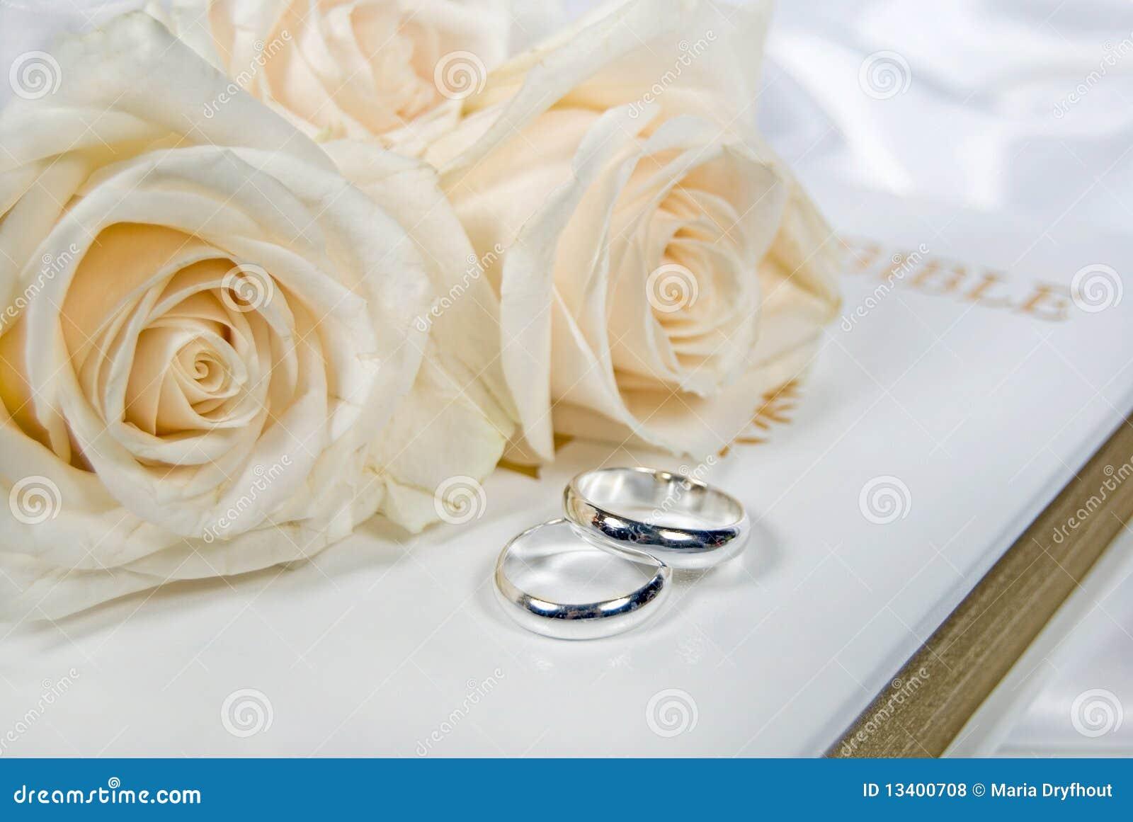 El Matrimonio Santa Biblia : Matrimonio santo foto de archivo imagen de muestra pureza