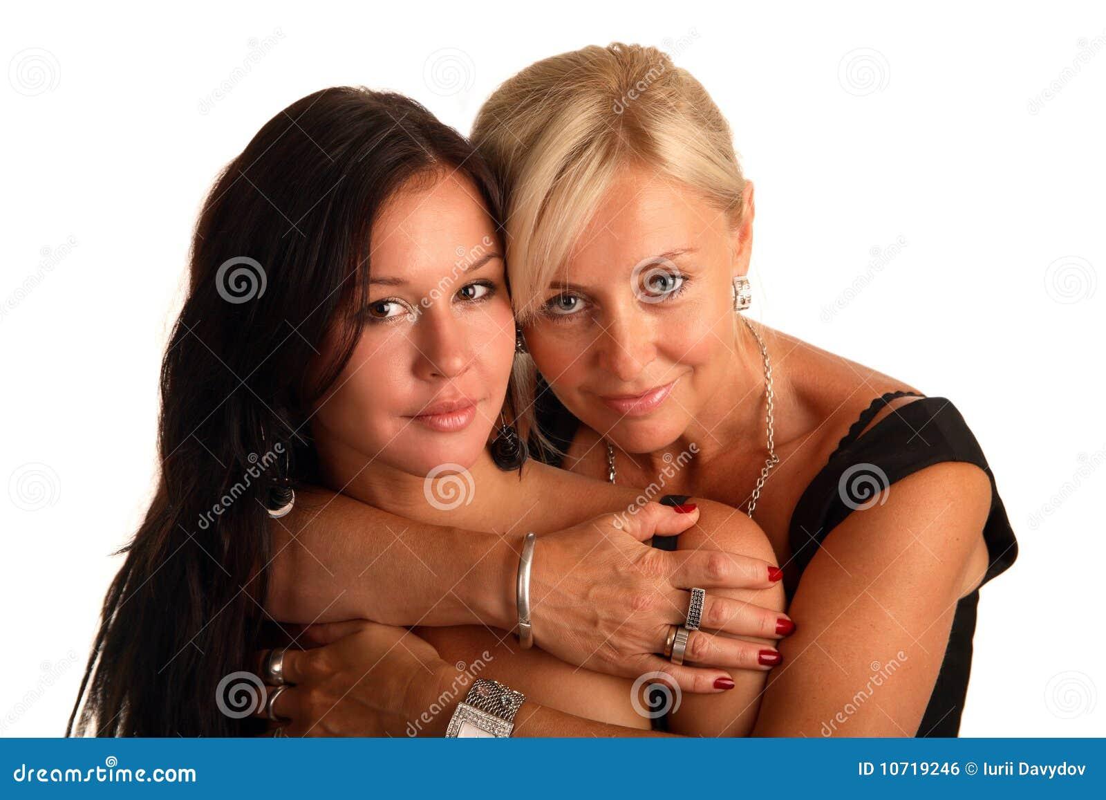 A matriz abraça a filha favorita