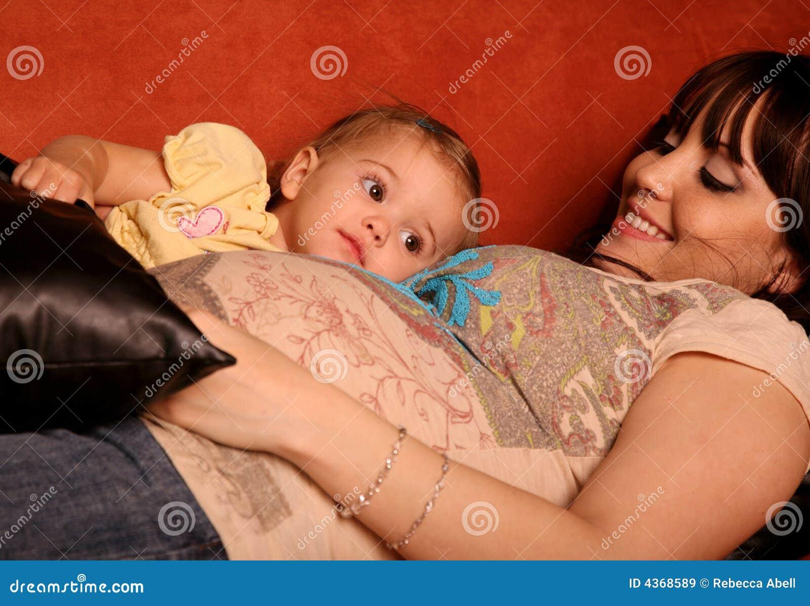 Matriz e criança grávidas
