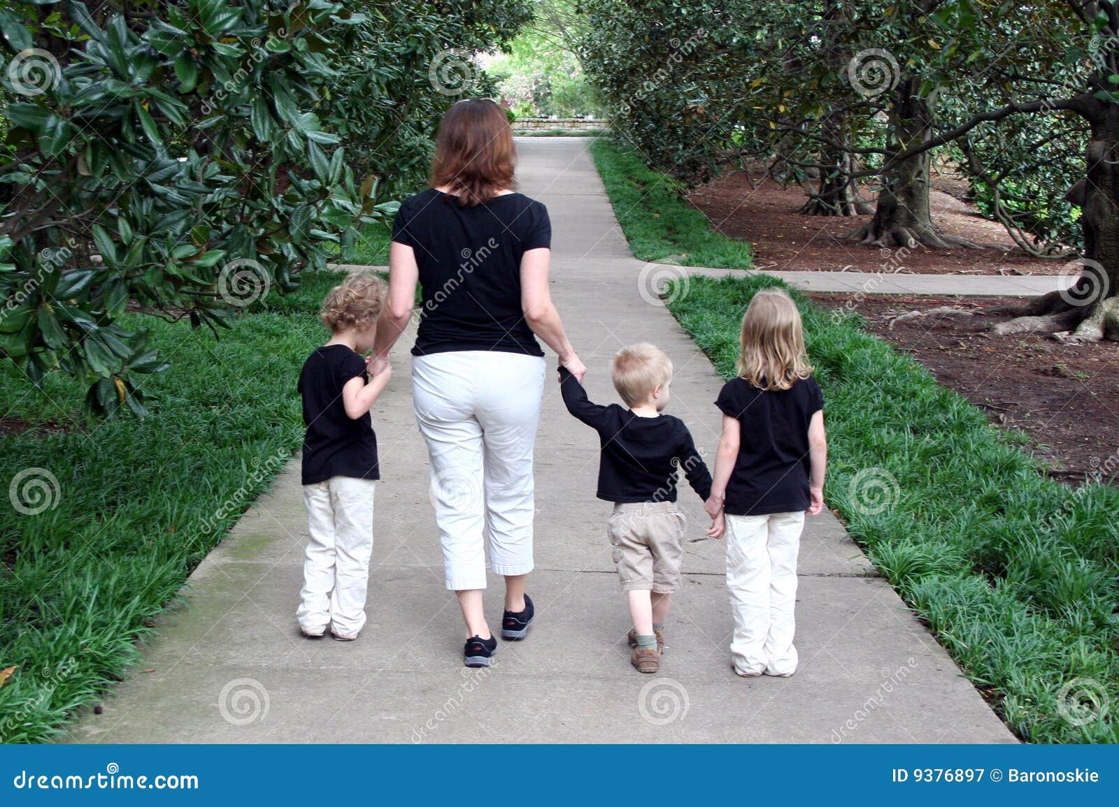 Matriz e passeio das crianças