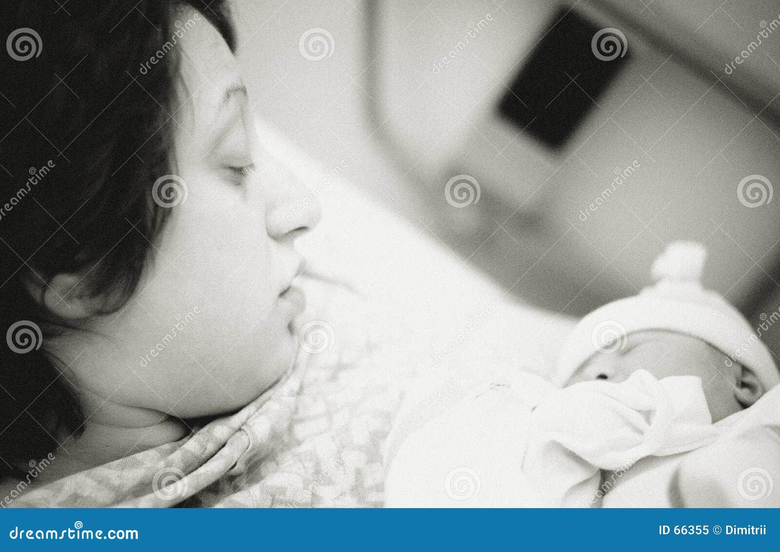 Matriz e recém-nascido