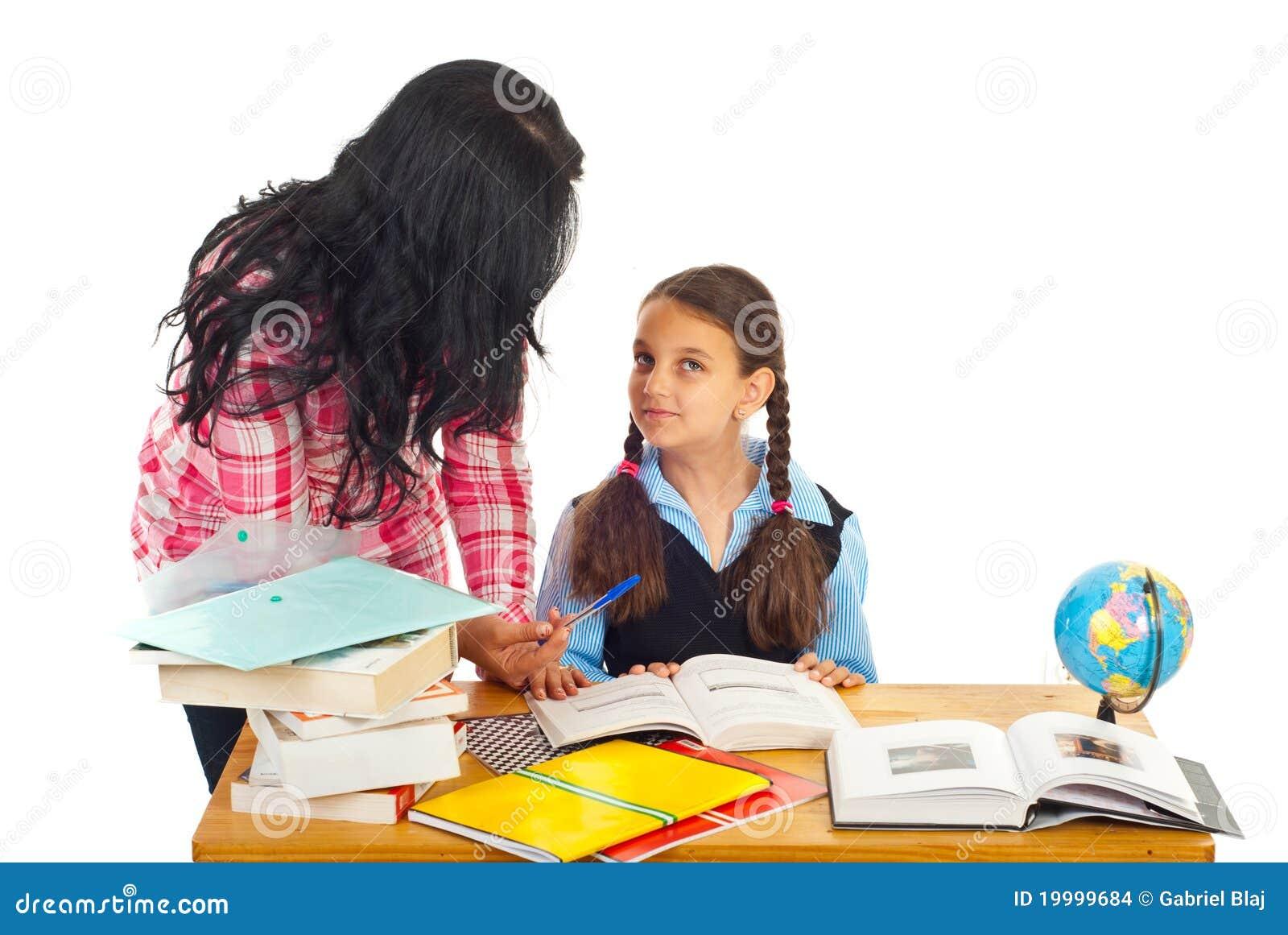 Matriz que pergunta menina sobre trabalhos de casa
