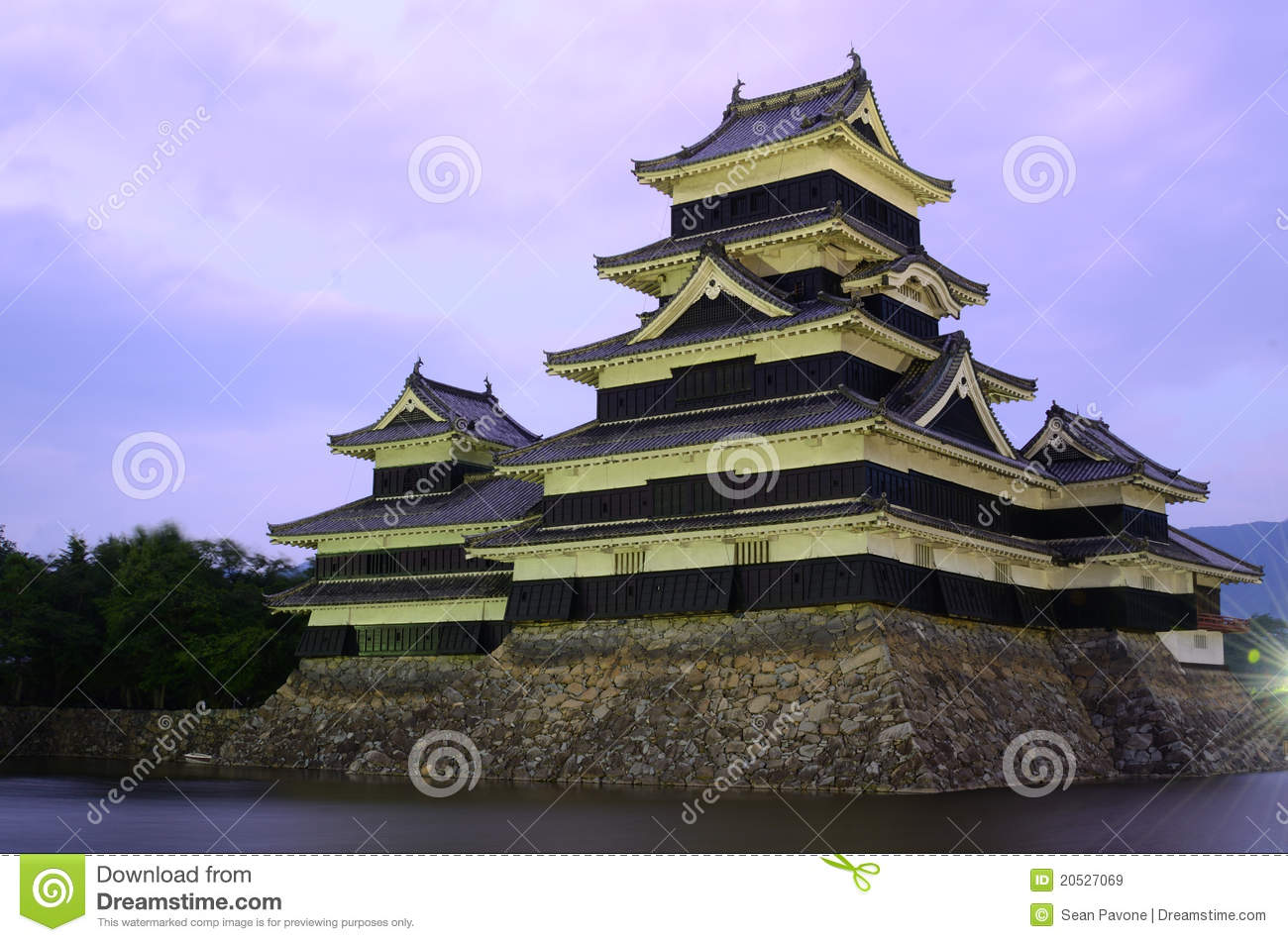 Matsumoto Castle In Matsumoto, Japan Royalty Free Stock Images - Image: 20527069