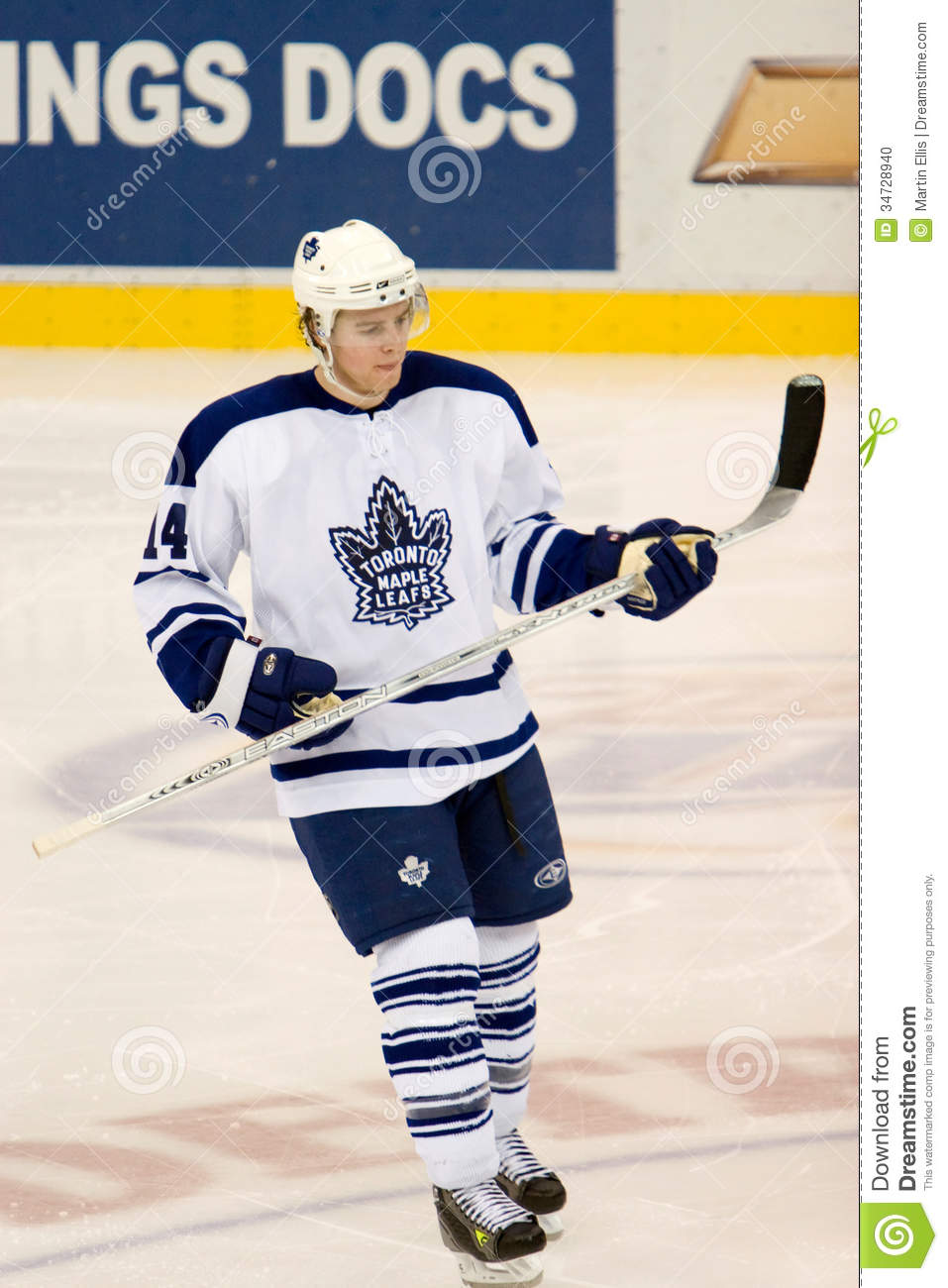 what time does toronto maple leafs play