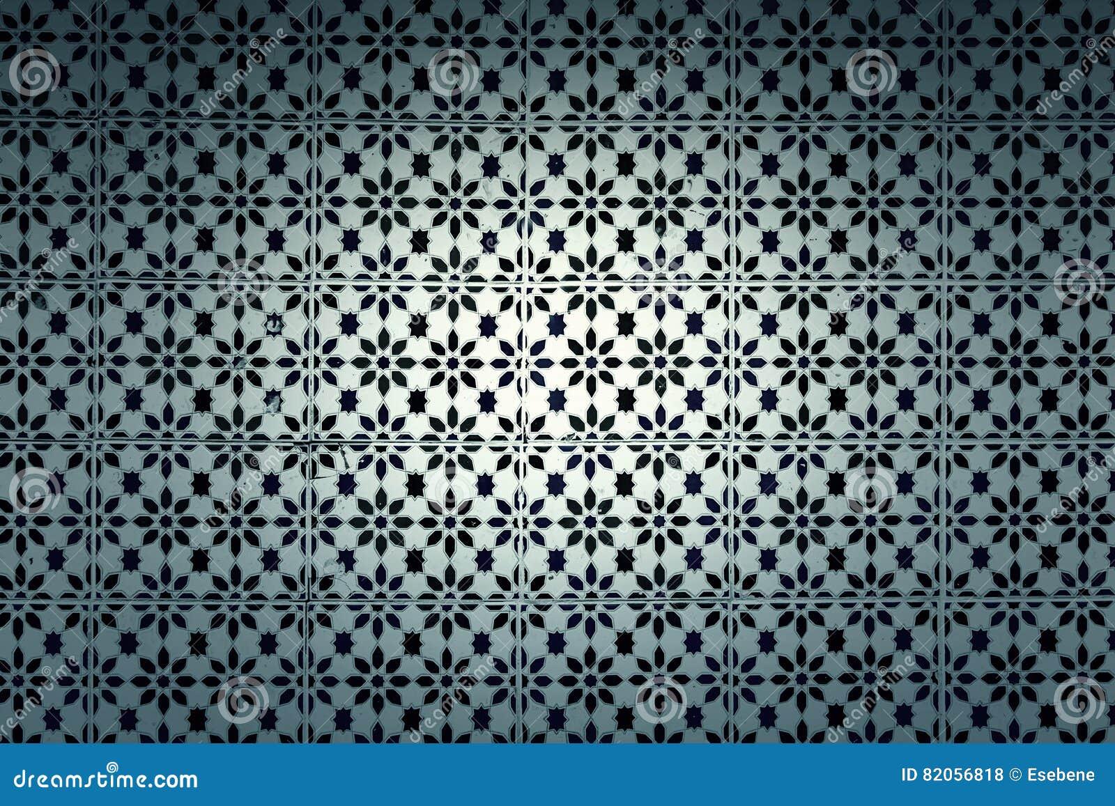 Mattonelle della parete con vecchia lisbona tipica fotografia stock immagine di pavimento - Mattonelle da parete ...