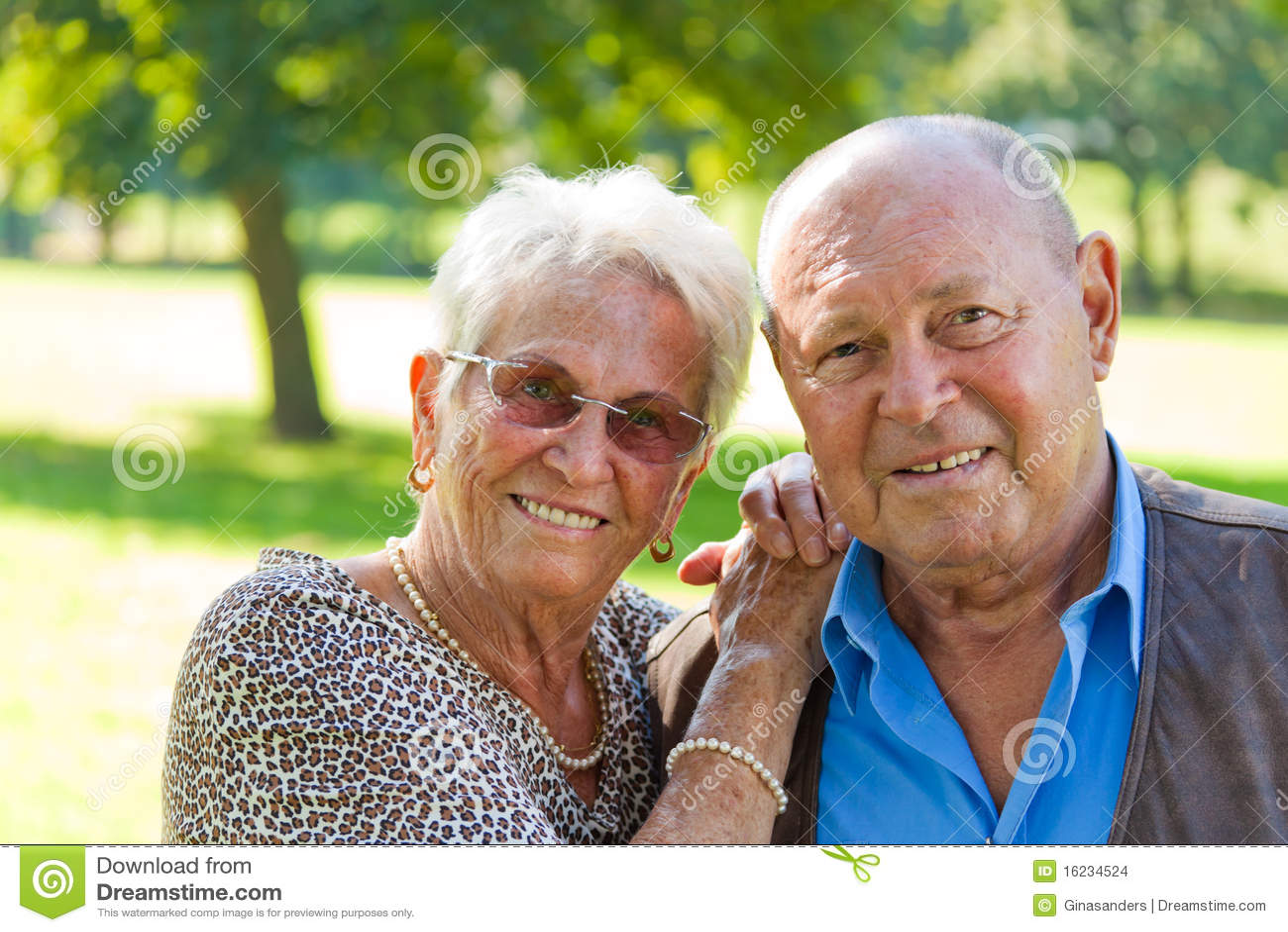 mature couple fucking