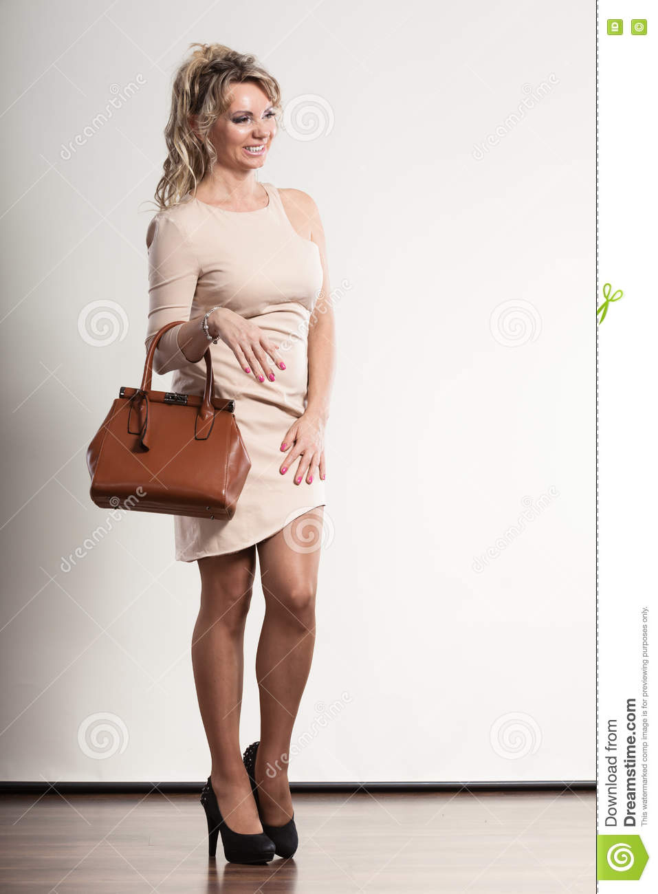 Fashion For Middle Aged Woman