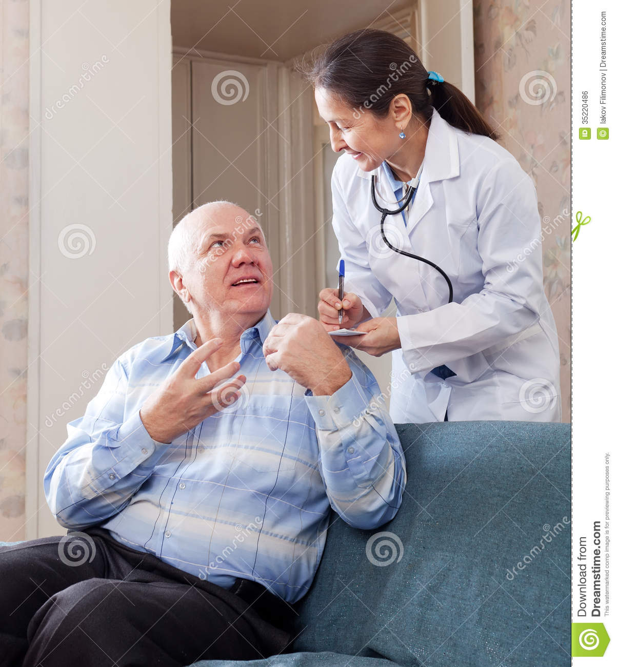 Mature man tells the doctor the symptoms