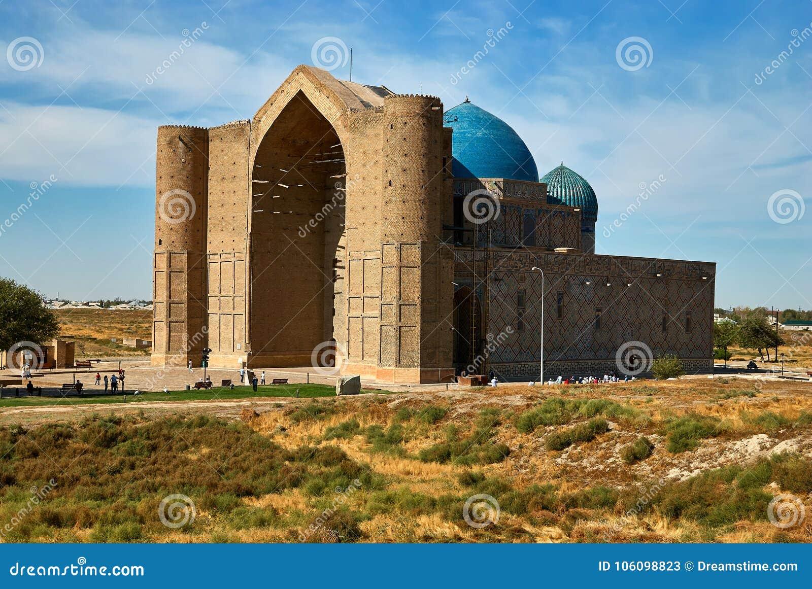 Mausoleo de Khoja Ahmed Yasawi, Turkestan, Kazajistán