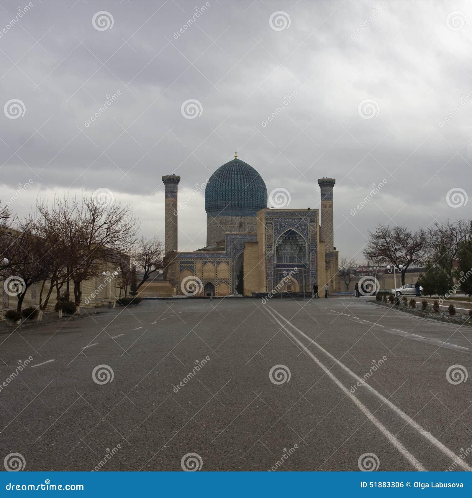 Mausoleo del Gur-emir de Tamerlane (también conocido como Tamerlán) en Samarka