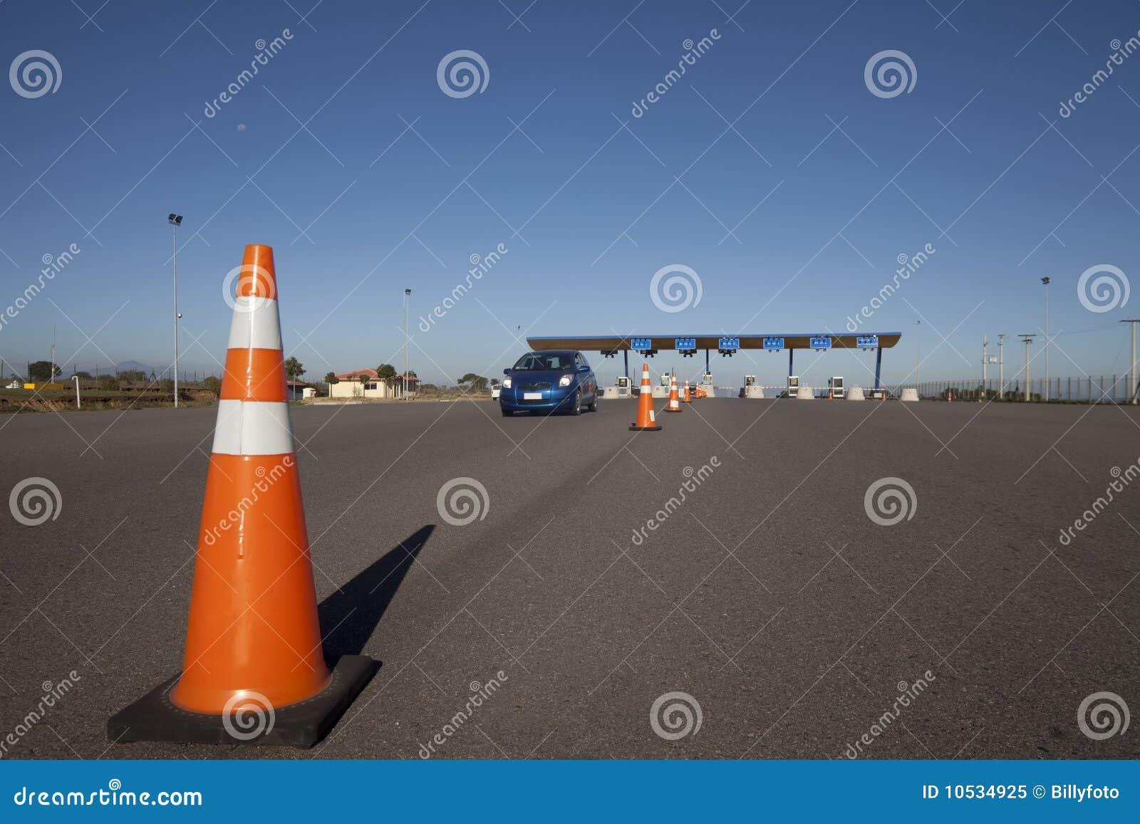 Mautstraßeprüfpunkt