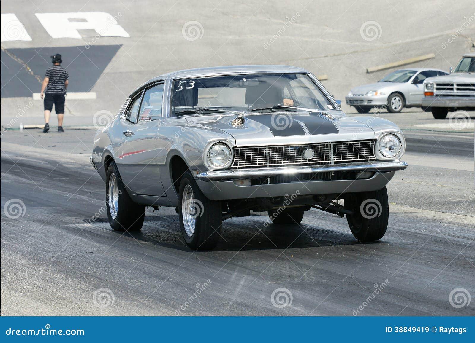 Drag car start