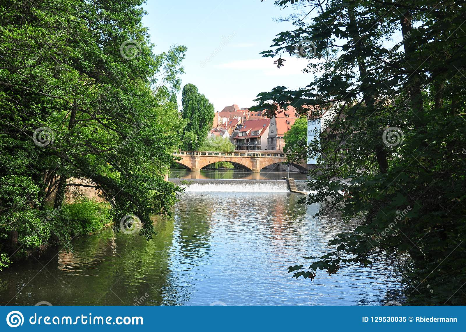 Maxbruecke w Nuremberg