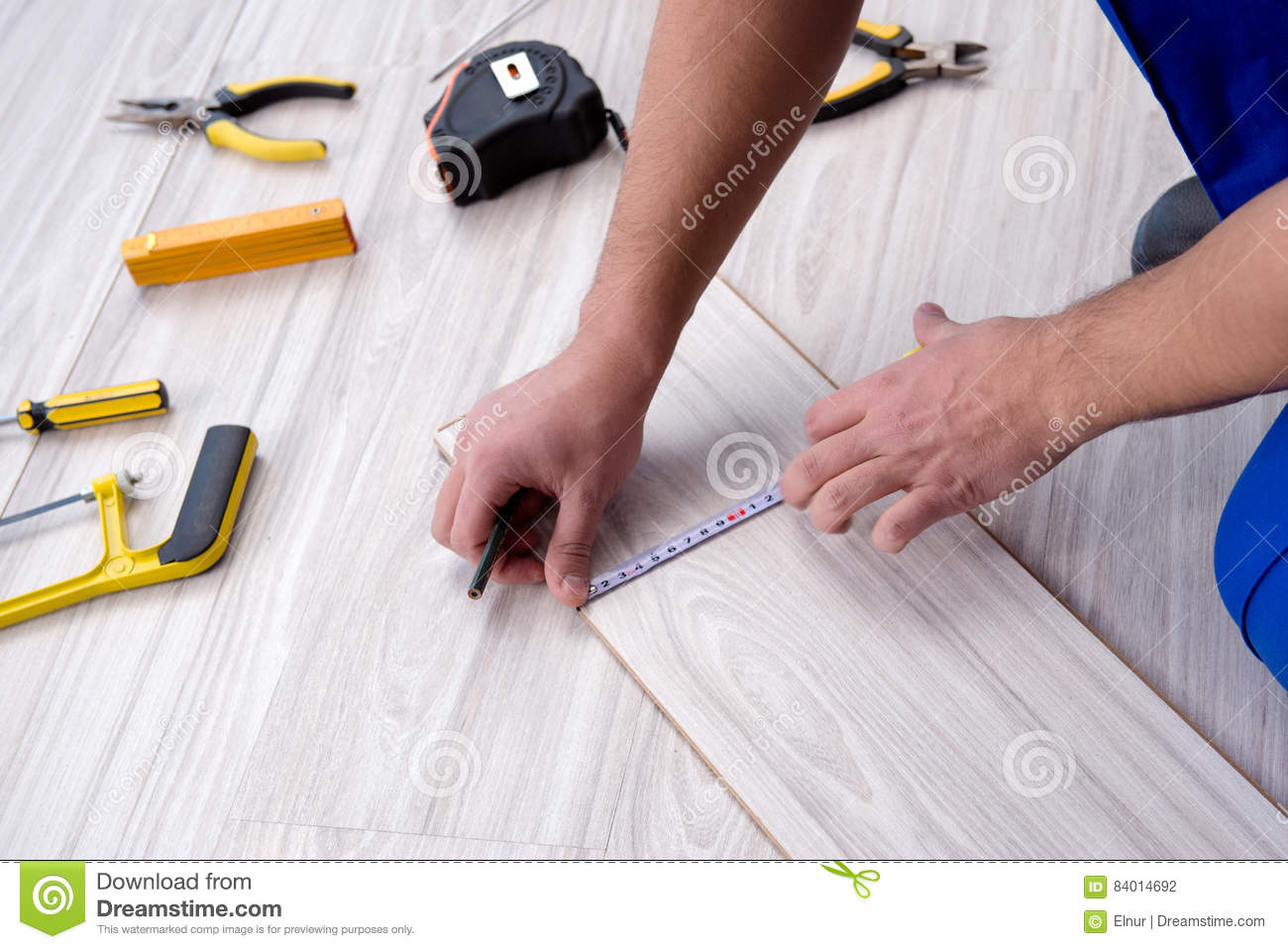 The may laying laminate flooring at home
