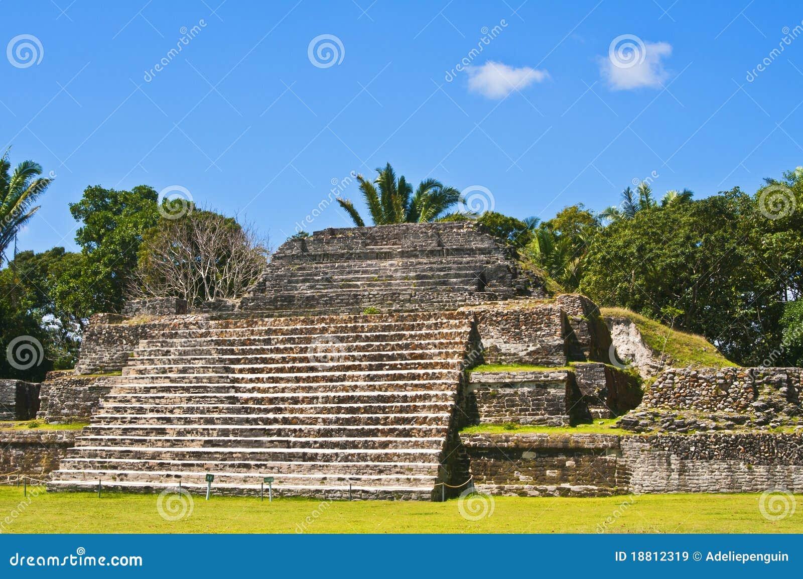 Maya Tempel, Belize