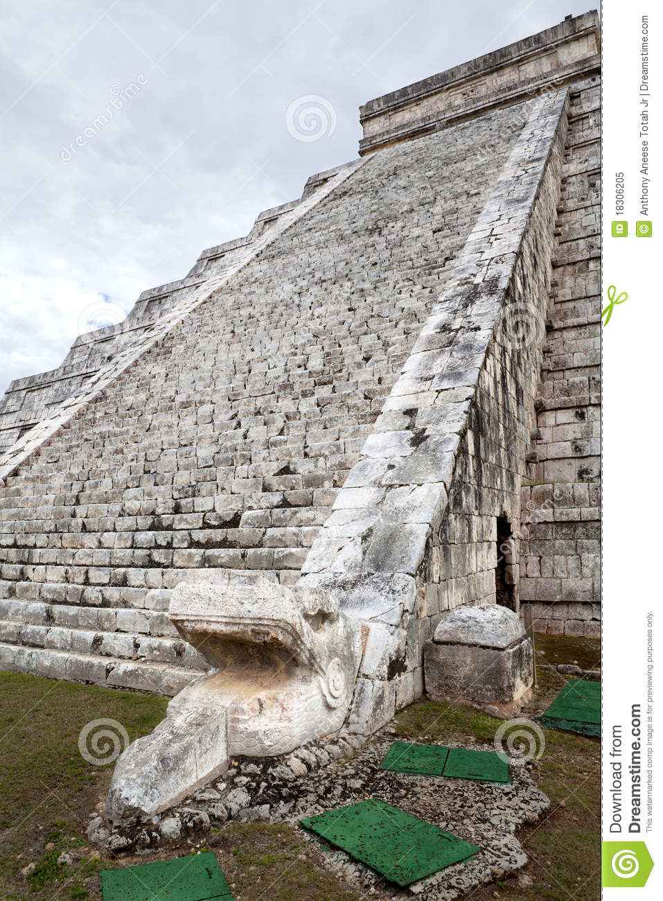 mayan architecture royalty free stock photo - image: 18306205