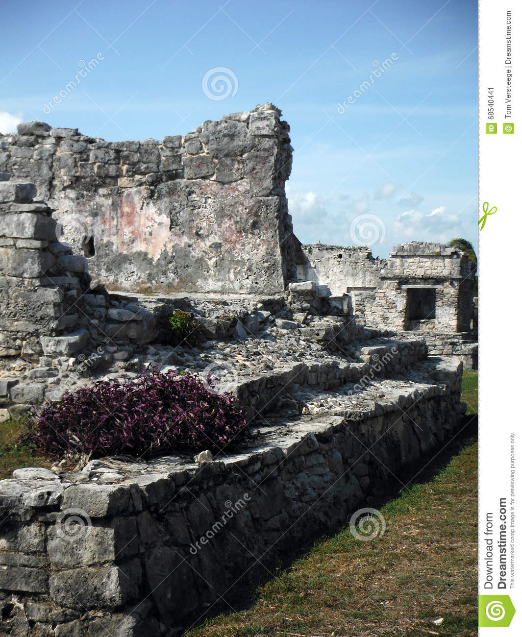 Mayan Constructs in the Archeological Site of Tulum