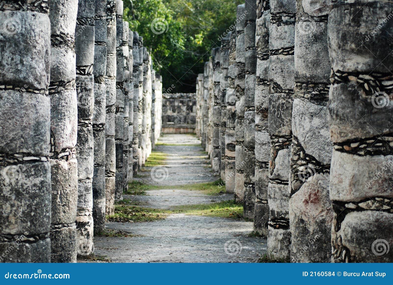 Mayan fördärvar