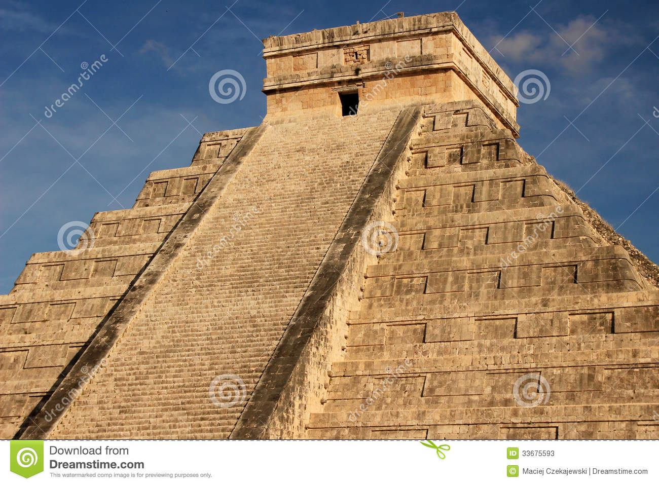 religion at chichen itza Once the center of economic and religious life for the maya, chichen itza,  situated in the yucatan peninsula in the south of mexico, was voted.