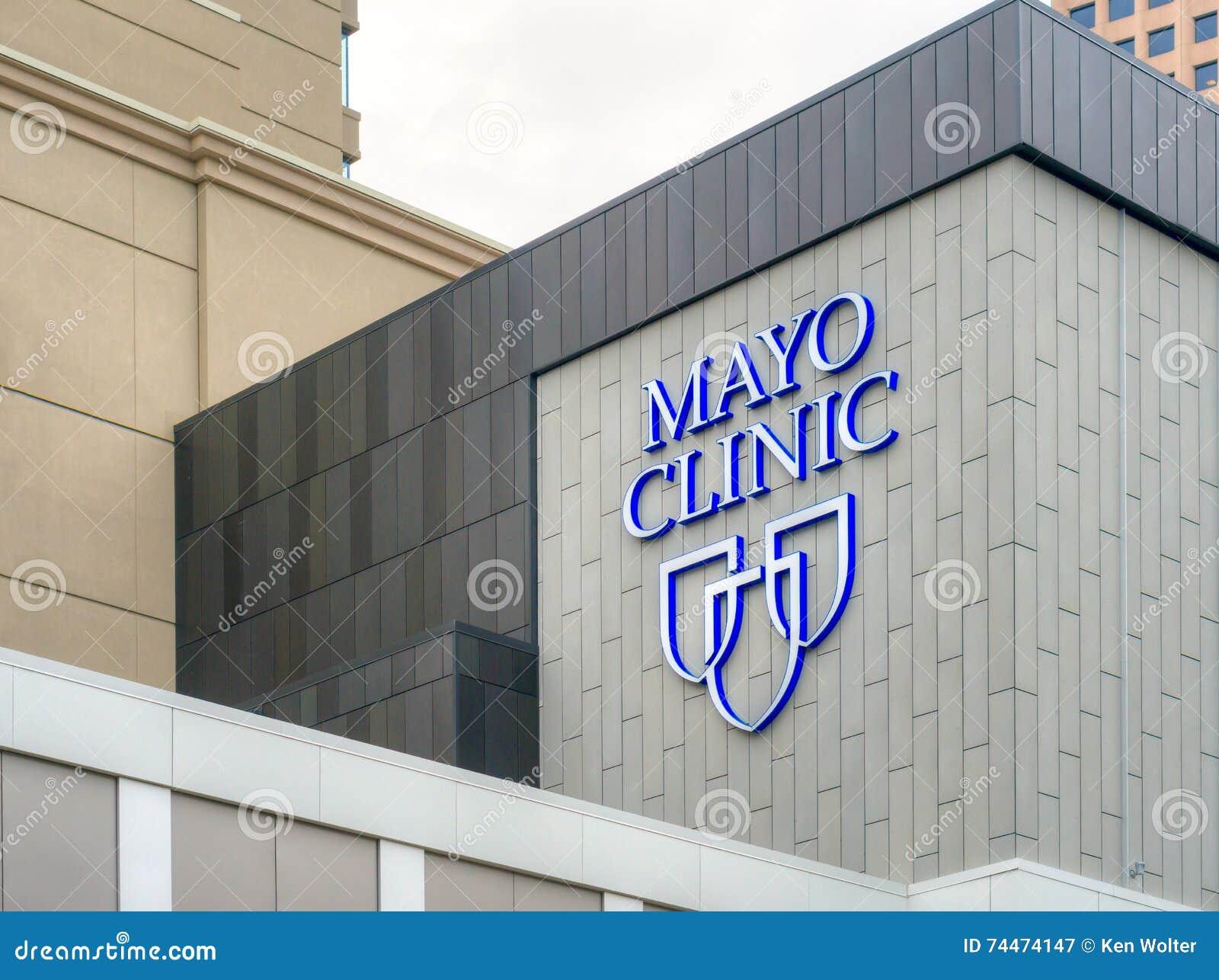Mayo Clinic Entrance y muestra