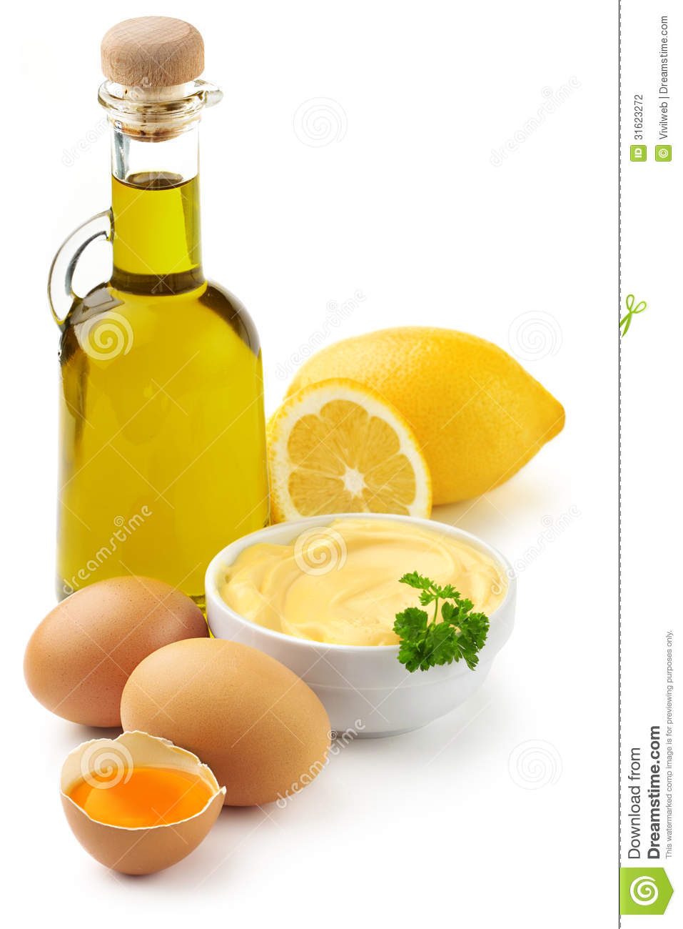 Mayonnaise ingredients: olive oil, eggs and lemon.