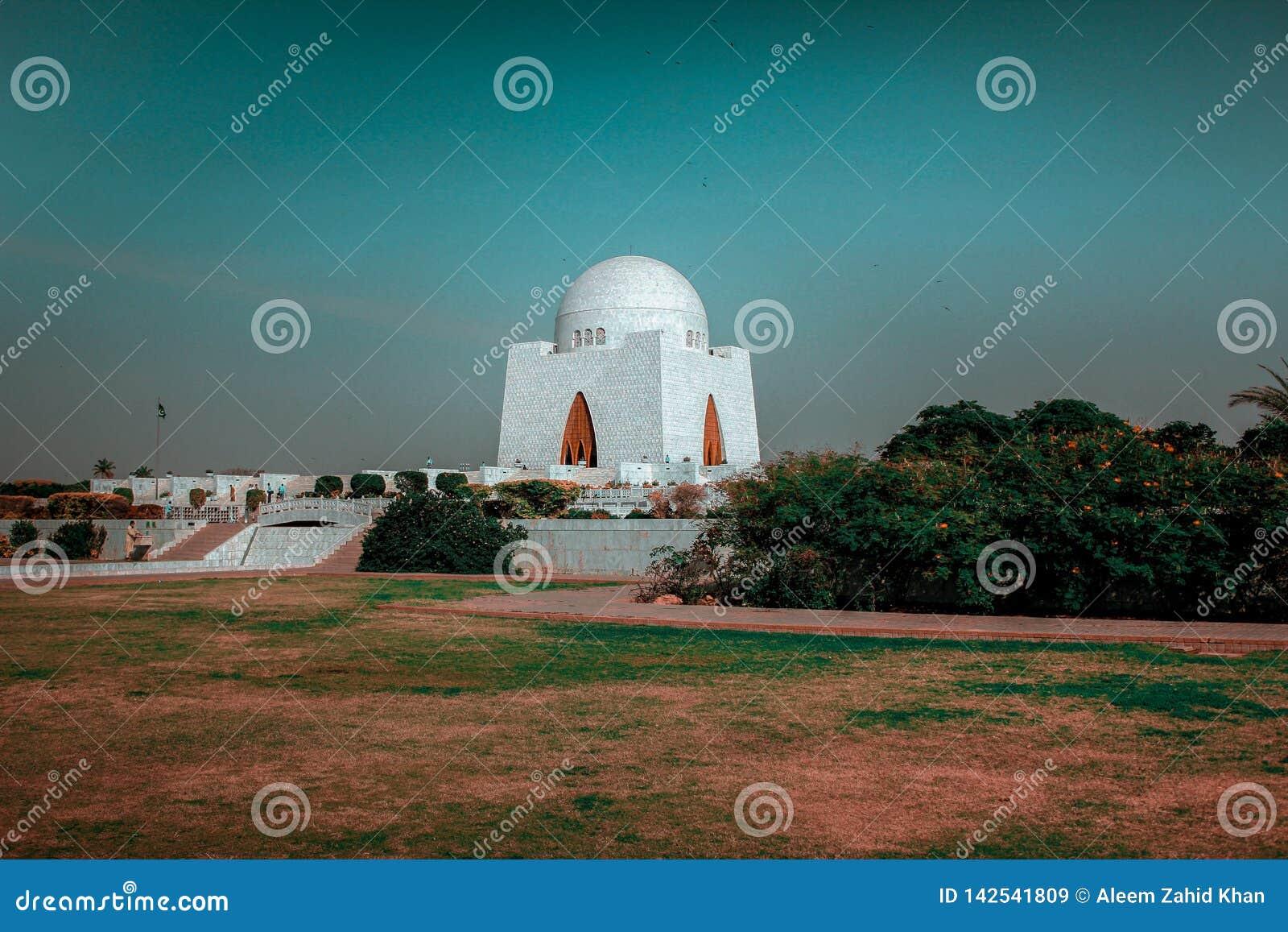 Mazar-e - Mohammad Ali Jinnah, Pakistan Van karachi